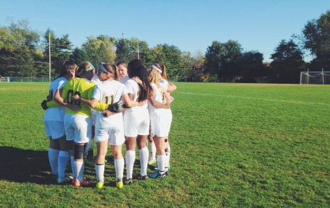 Girls Soccer Kicks off the Season