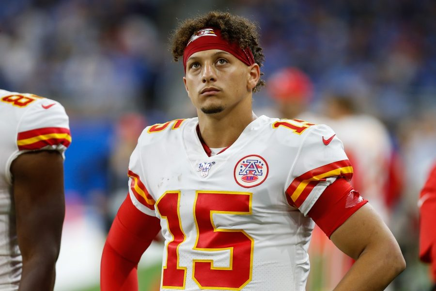 DETROIT, MI - SEPTEMBER 29:  Kansas City Chiefs quarterback Patrick Mahomes (15) looks on during a regular season game between the Kansas City Chiefs and the Detroit Lions on September 29, 2019 at Ford Field in Detroit, Michigan.  (Photo by Scott W. Grau/Icon Sportswire via Getty Images)